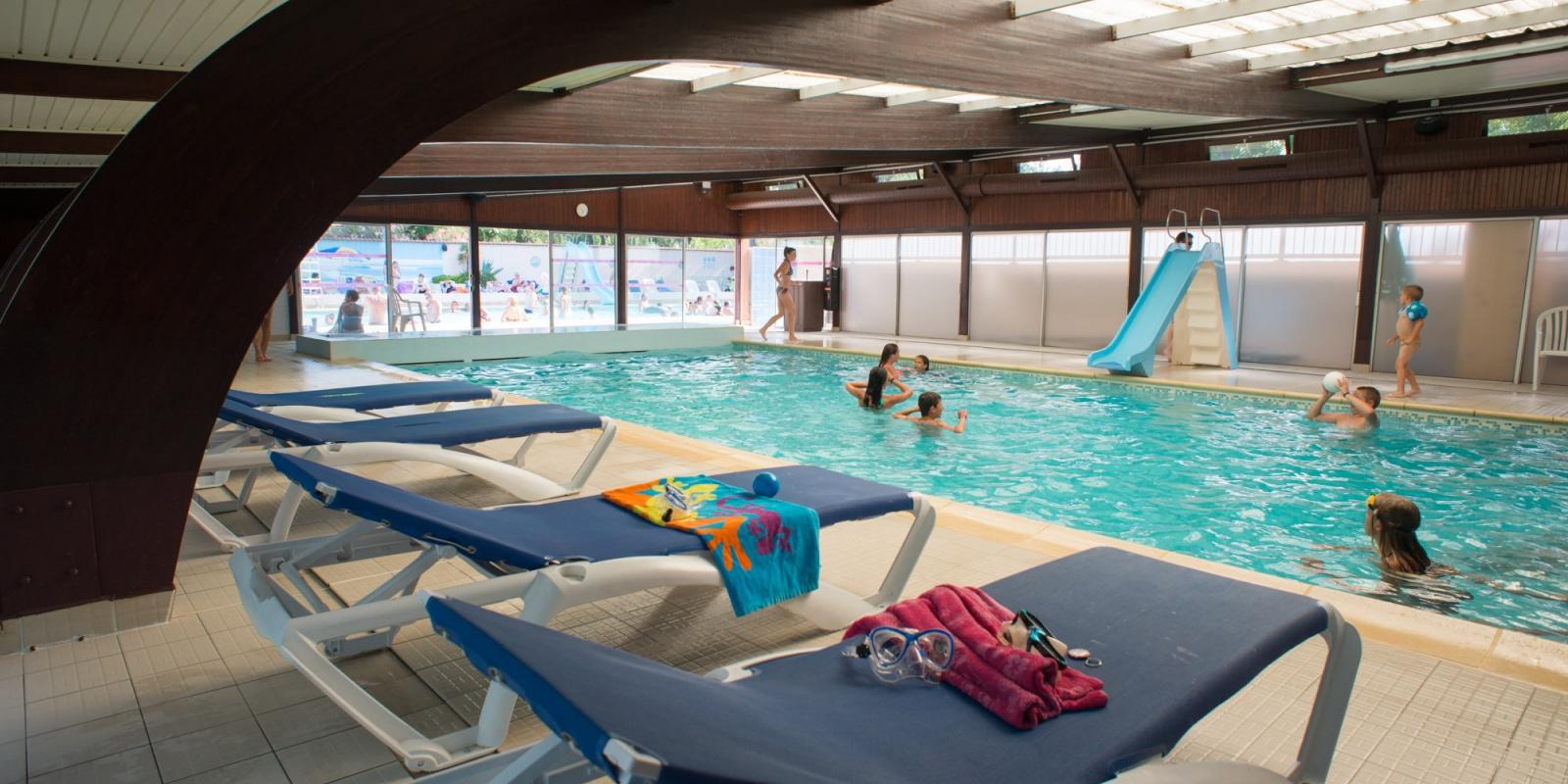 Piscine d 39 t piscine couverte camping au grau du roi - Camping albertville avec piscine ...